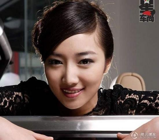 中国第一美女公会妖姬宅成员徐嘉依早年在欧洲生活近